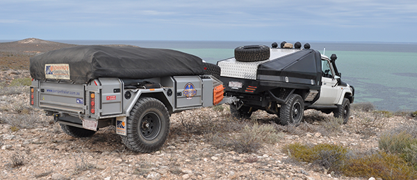 4WD Touring Australia' on set with Inmarsat's SAFARI™ Land Vehicular BGAN Terminal